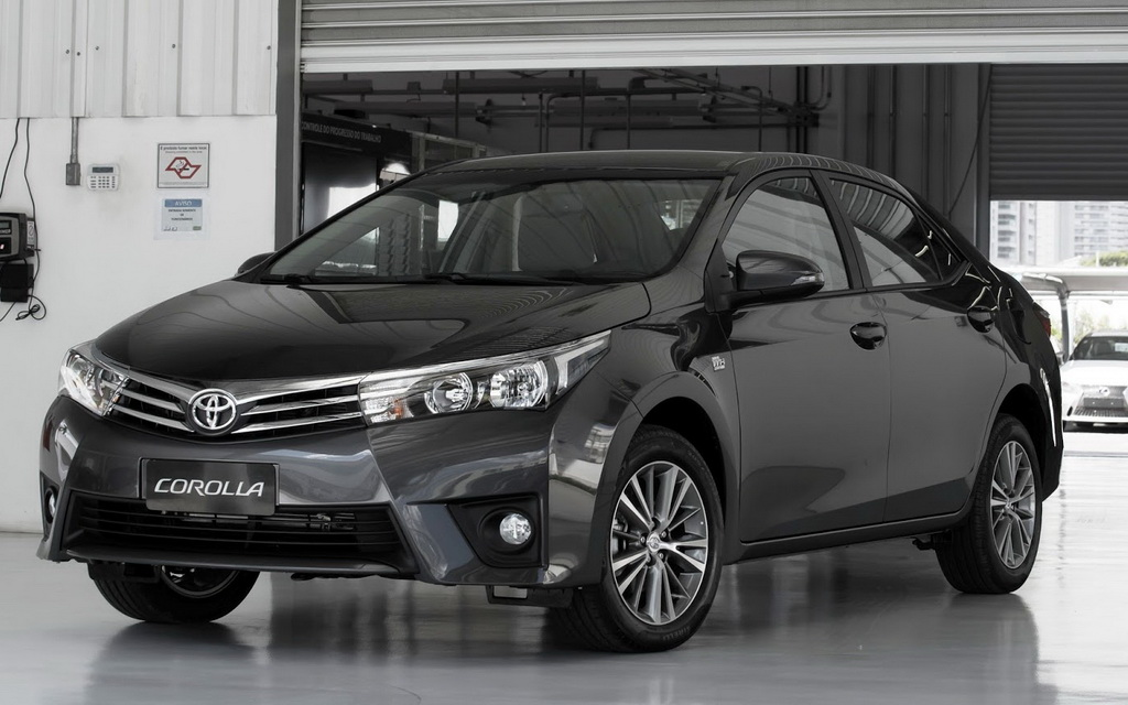 2015-Toyota-Corolla-Black-Windows-Dekstop