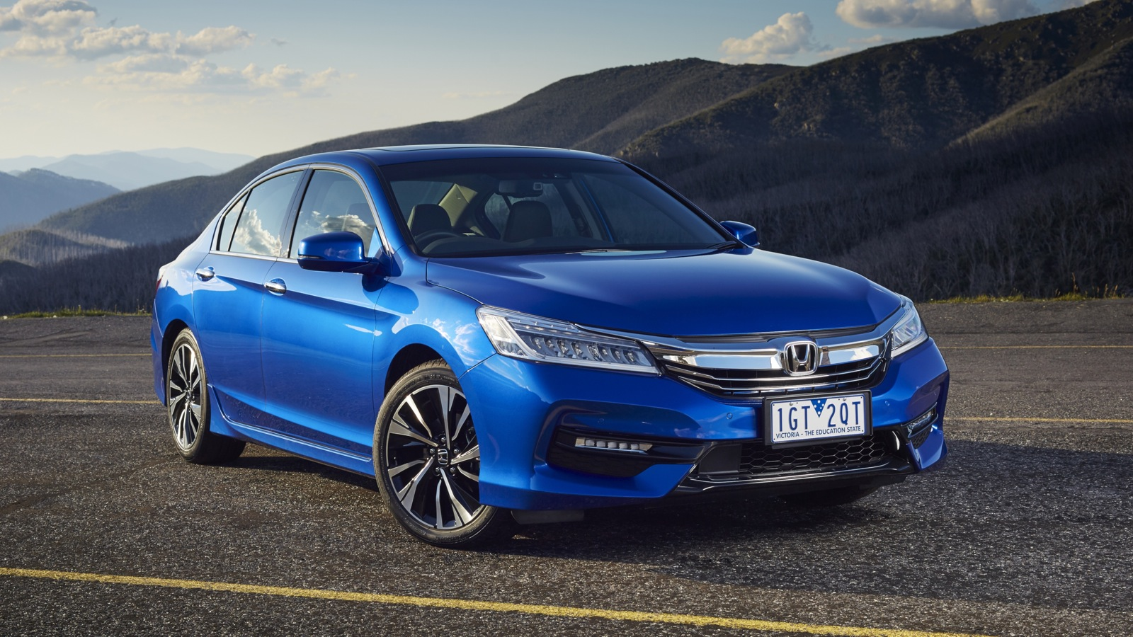 2016-Honda-Accord-V6L.Brandsynario