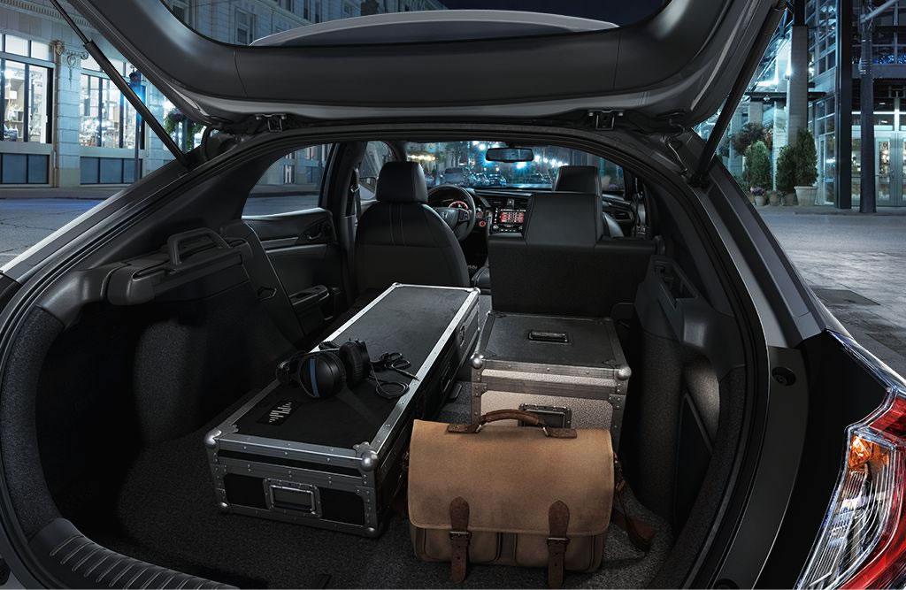 2017-civic-hatch-trunk-open-brandsynario
