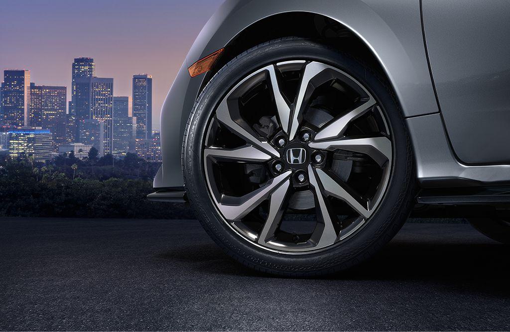 2017-civic-hatch-wheel-brandsynario