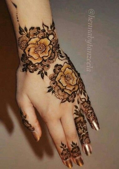 Henna Rose Tattoo: 15 Latest Mehndi Designs To Rock This Eid