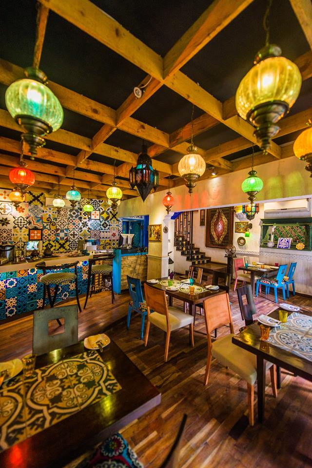 Dating Restaurants in karachi