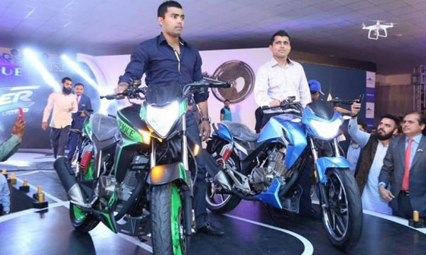 Unique Launches its New 150cc Bike 'Crazer' in Pakistan