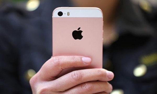 iPhone X SE