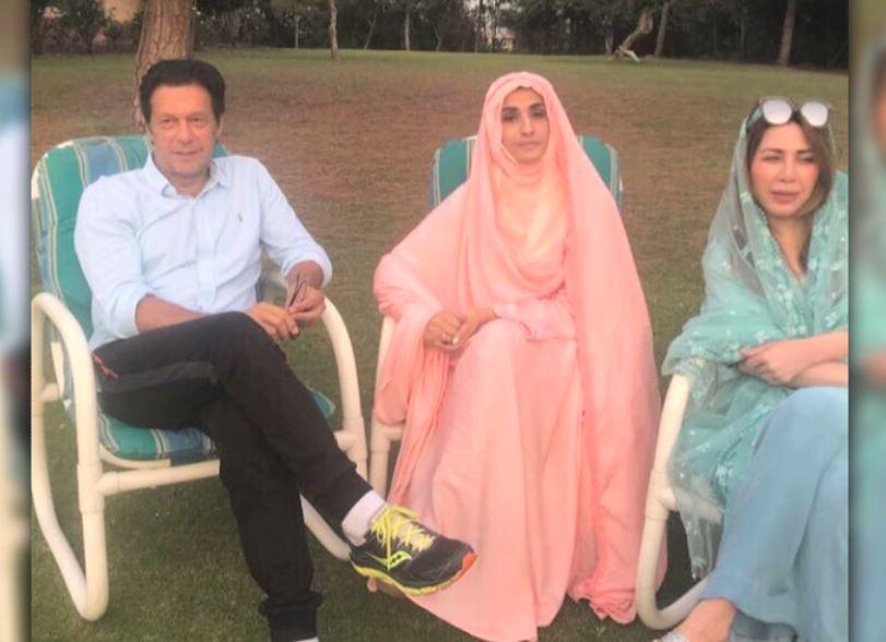 imran khan with bushra bibi