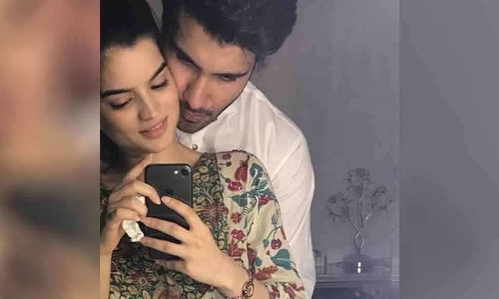 Feroze Khan Slams Hum Style Awards for Mocking His Wife