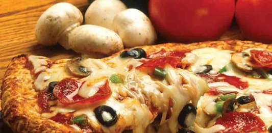pizza places in karachi