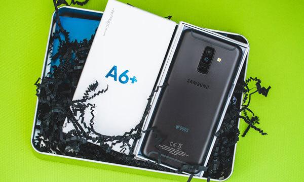 Samsung A7+ Paksitan