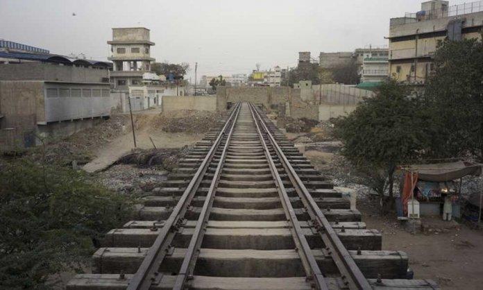 Karachi anti encroachment drive railway