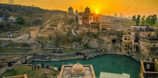 Hindu Temple in Pakistan