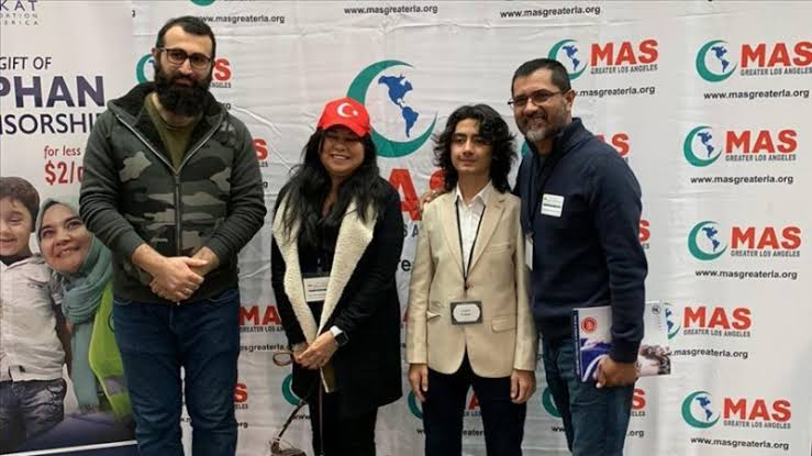 Dirilis: Ertugrul Wins Over Mexican Couple Who Converted to Islam!