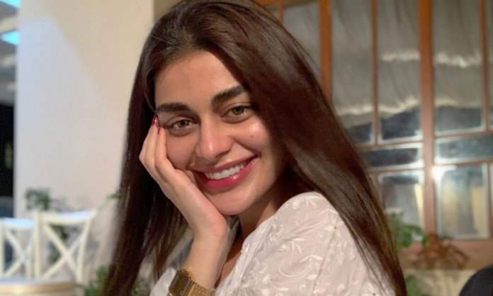Sadaf Kanwal Claims How 'Simple' She Is Despite Being A Model