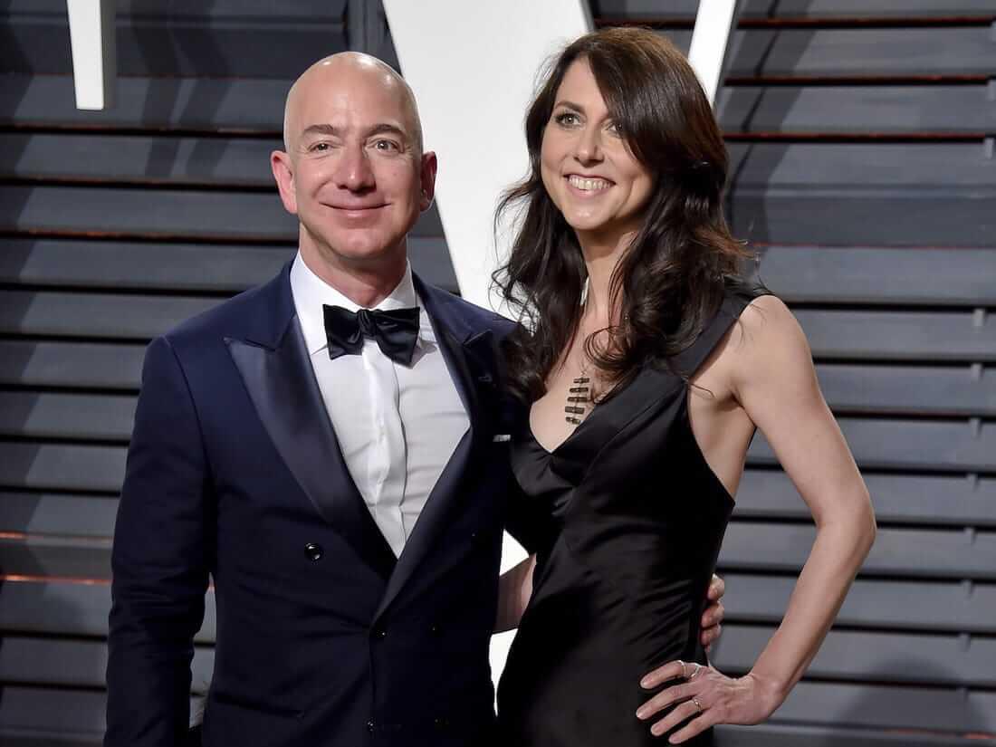 jeff bezos's wife mackenzie net worth divorce