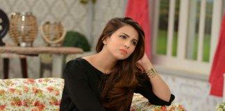 Ushna Shah at a show