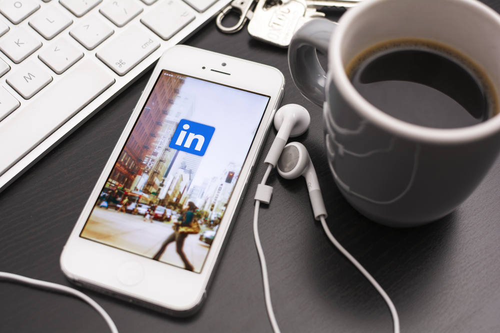 6 Ways To Boost Your Profile Views On LinkedIn And Get Noticed