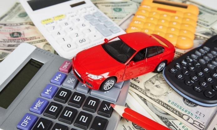 5 tips to save money on your car expenses: