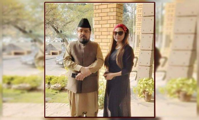 Hareem Shah meets Mufti Qavi
