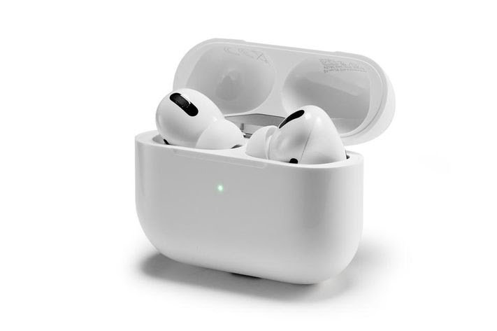 Apple AirPods Vs Buds