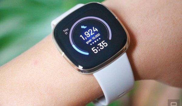 Fitbit Sense Vs Apple Series