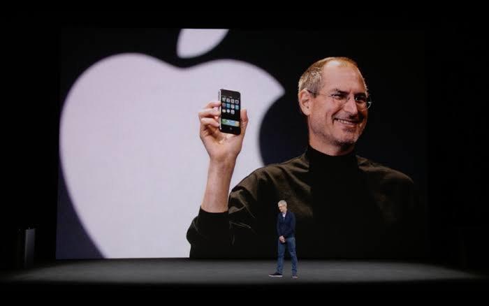 iPhone stream live phone