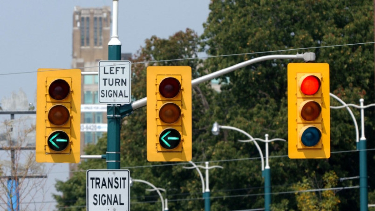 Signals and Driver mistakes
