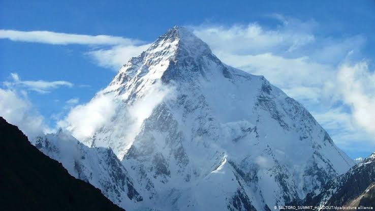 K2 missing mountain climbers