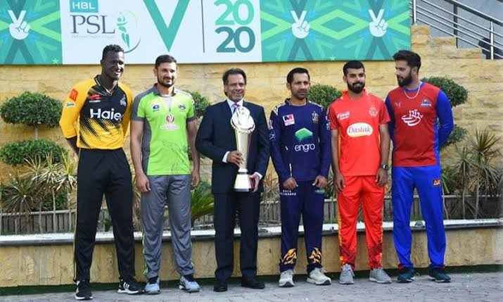 PSL and excitement on Twitter