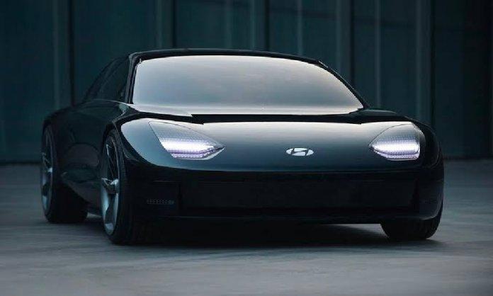 Hyundai Denies With Apple