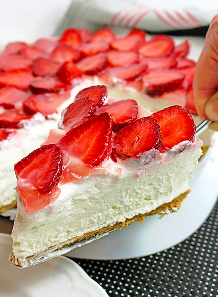 5 Fresh Strawberry Desserts You Should Try This Season