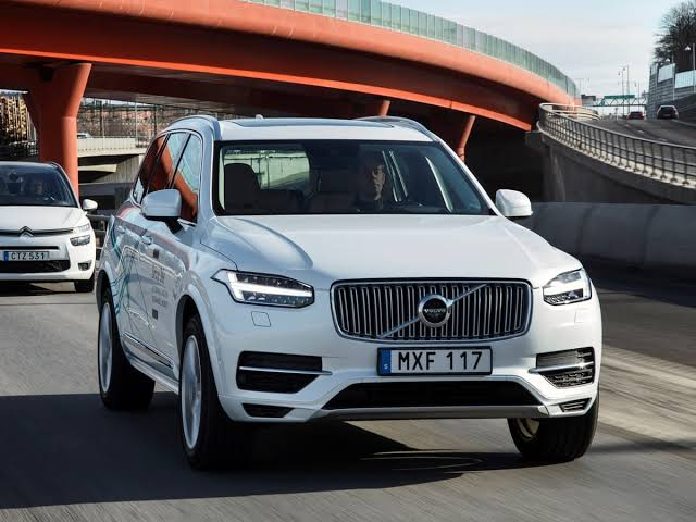 Volvo cars to go electric