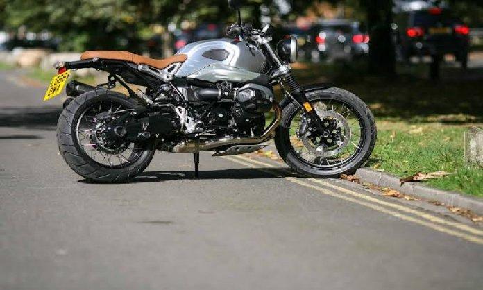 BMW r12 bike