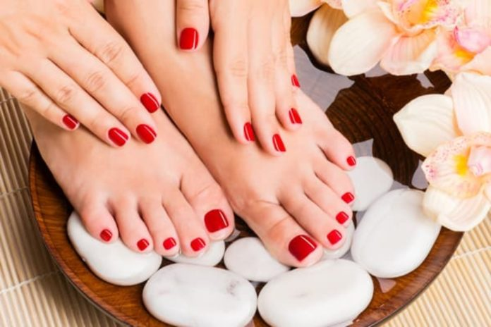 5 Places To Get The Most Relaxing Pedicures In Karachi