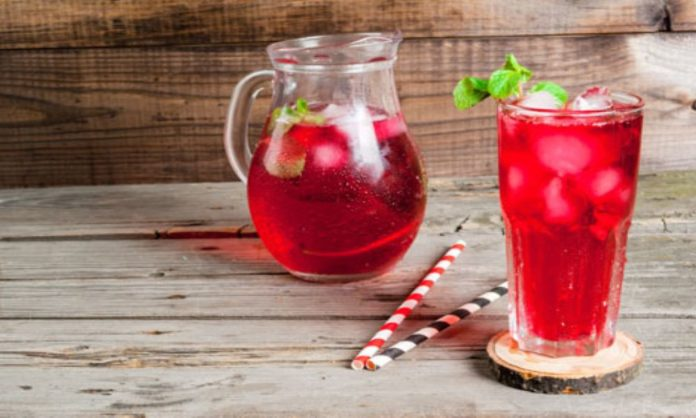7 Unique Drinks You Can Make With Rooh Afza