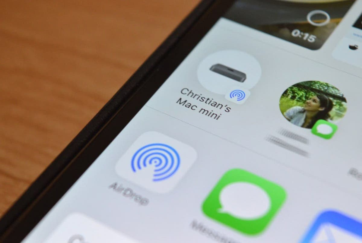 Apple and AirDrop leak data