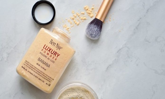 7 Best Loose Powders For An Oil-Free Look This Eid