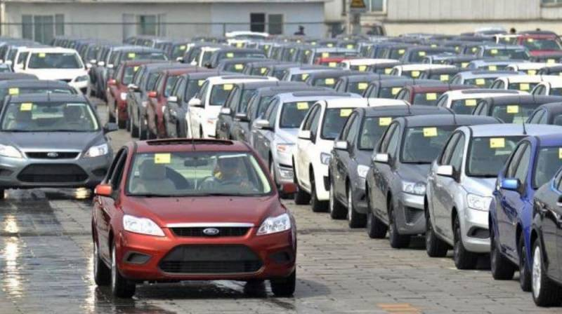 automakers vehicle delivery and delays