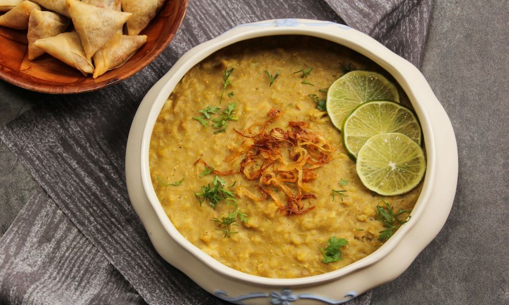 5 Places To Find The Most Delicious Haleem in Karachi