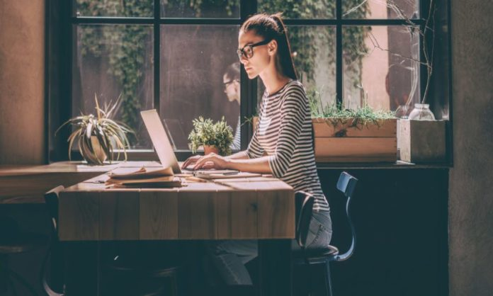 8 Tips To Land A Job Without Any Experience