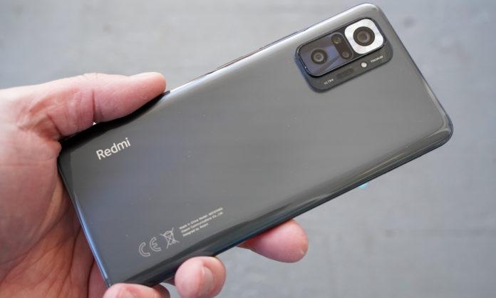 trending smartphones of 2021