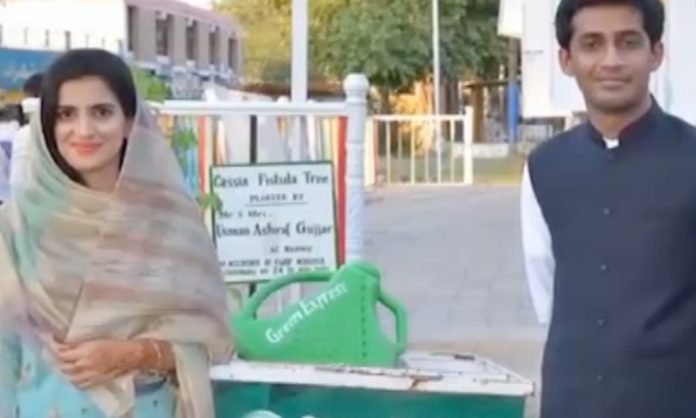 pakistani couple feed street children walima