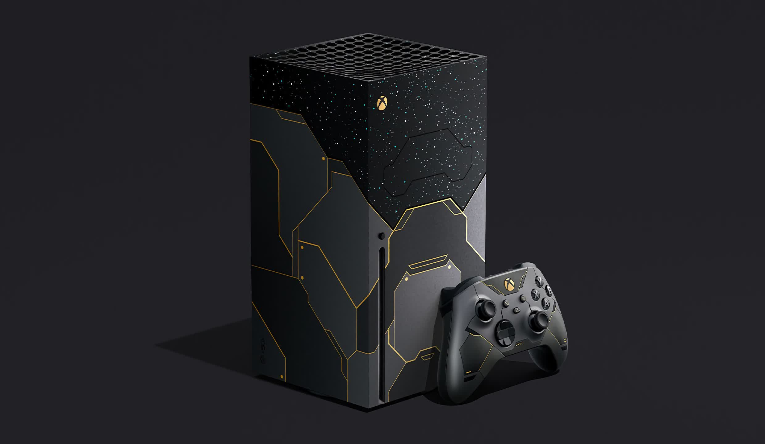 Box themed like Halo with infinite game