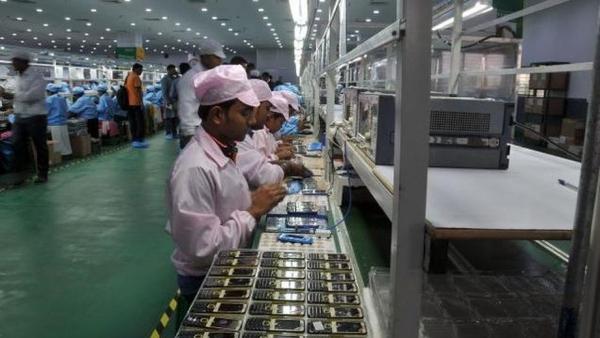 pakistan export 4g phones
