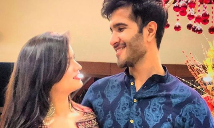 Feroze Khan Clears Separation Rumors With Wife Alizeh Shah