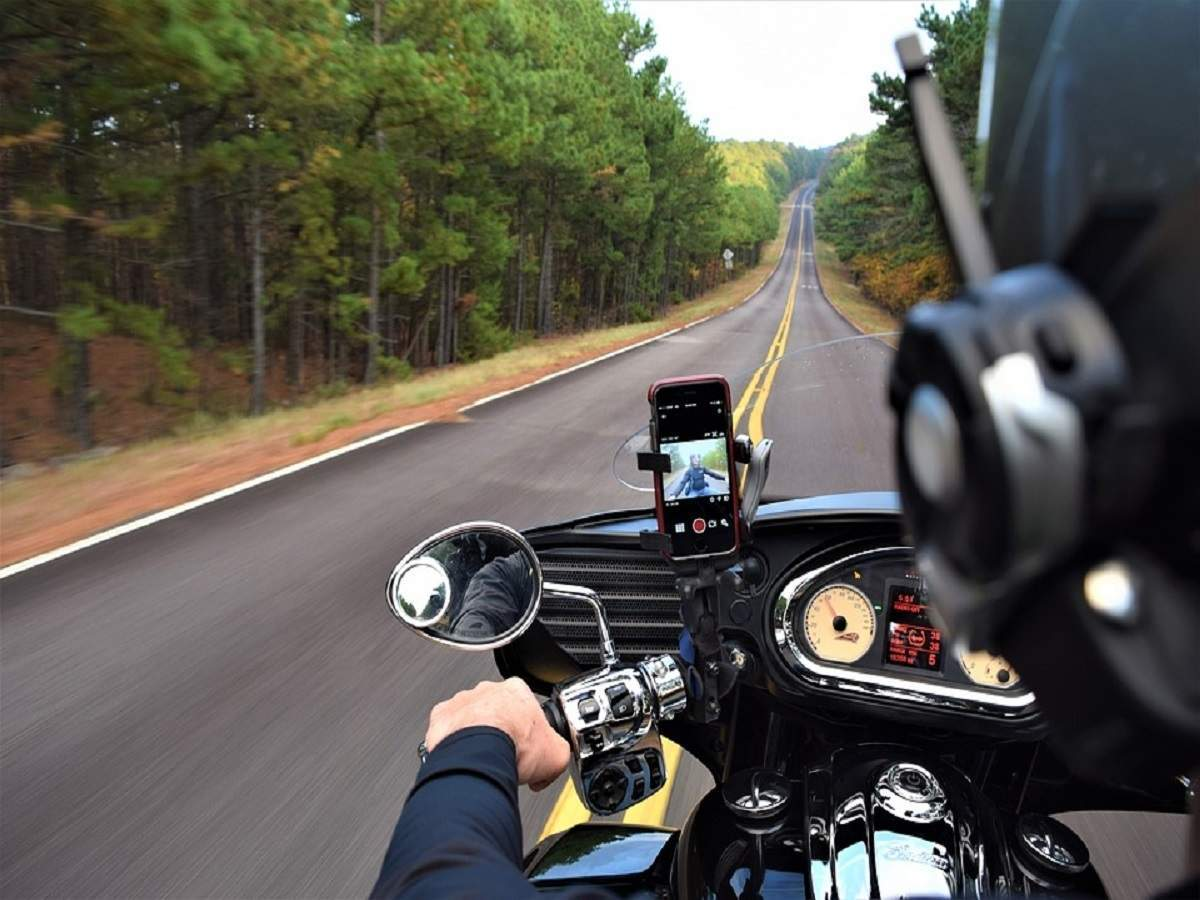 motorcycles and apple issuing warning