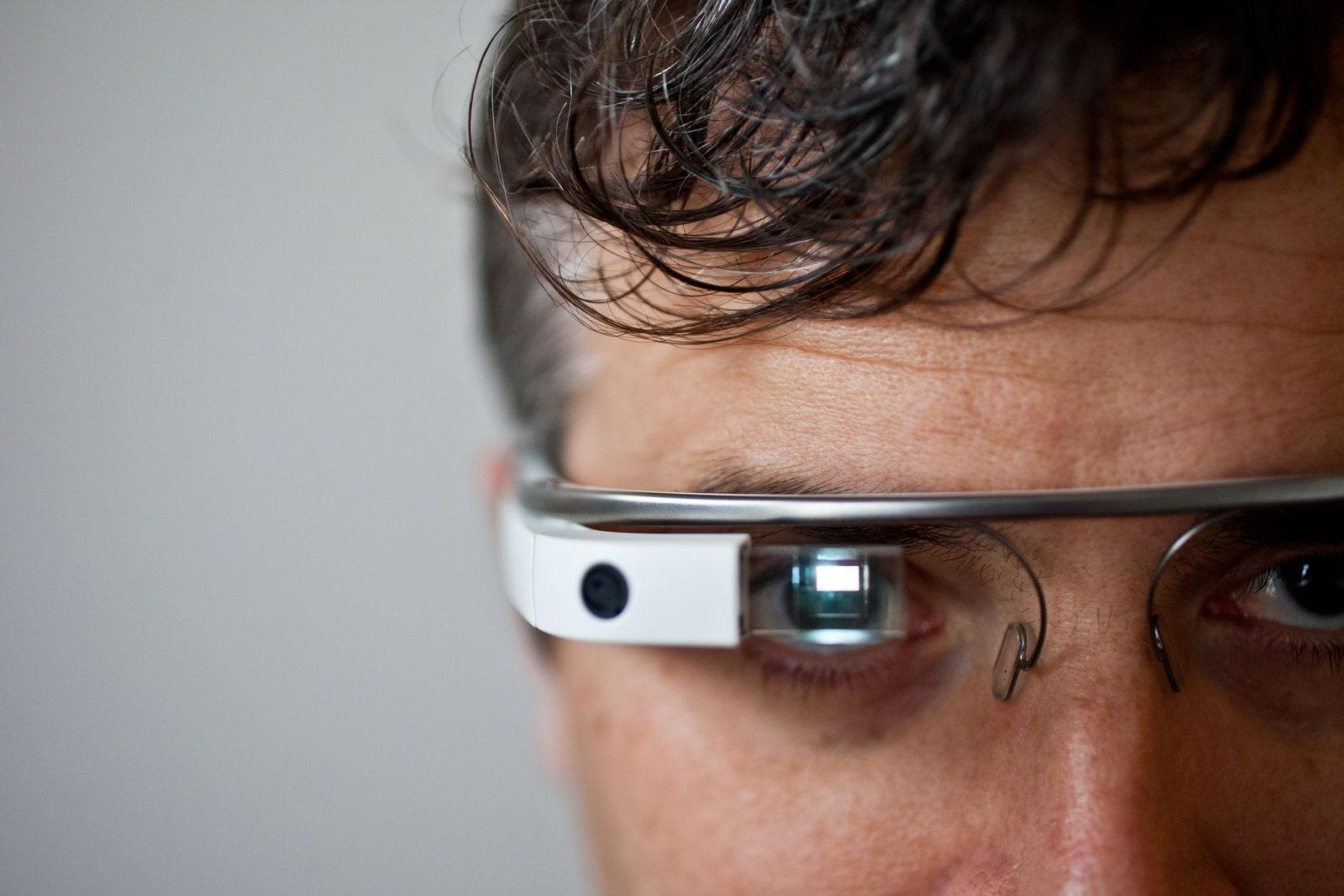 google glasses vs facebook glasses