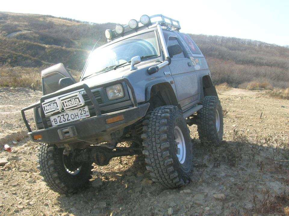 rocky offroa and vintage jeeps
