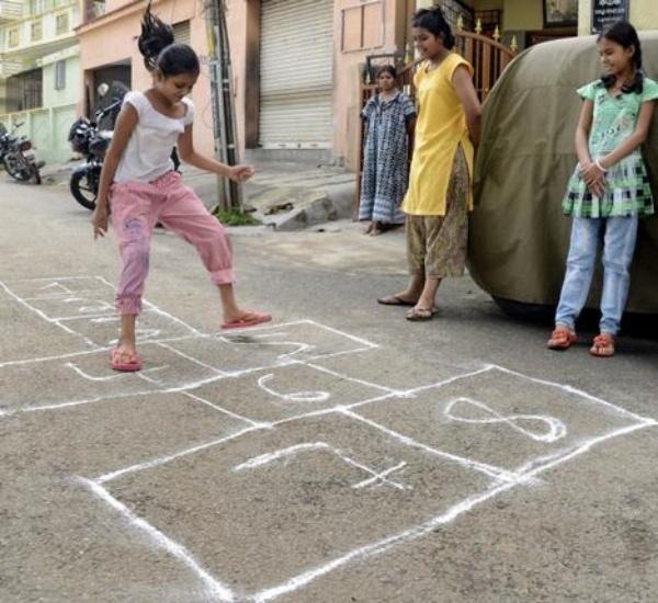 squid game pakistani games
