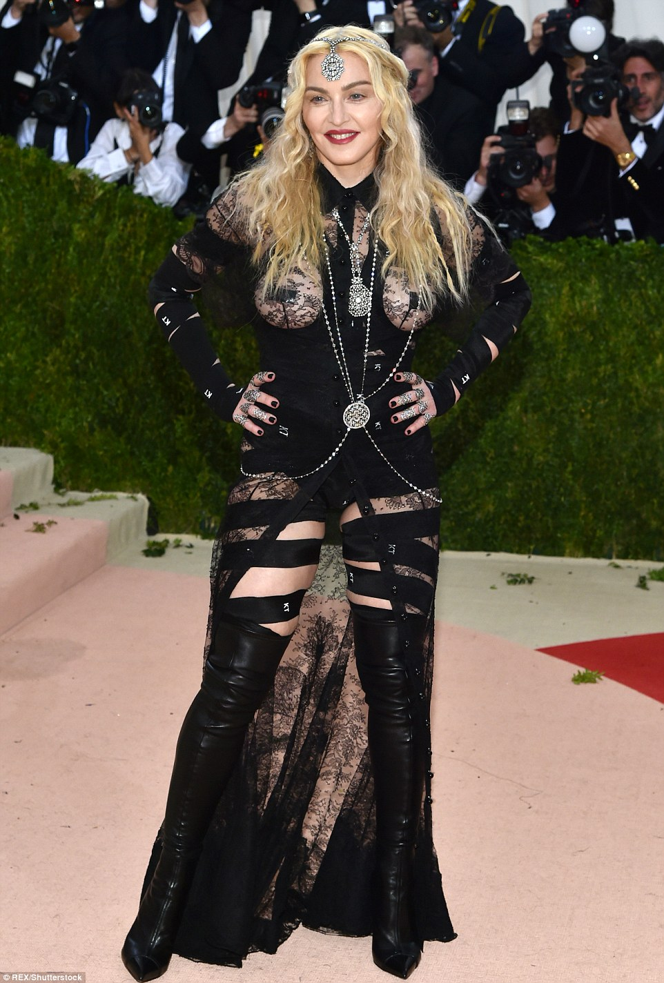 Hollywood Went Tech for Met Gala 2016