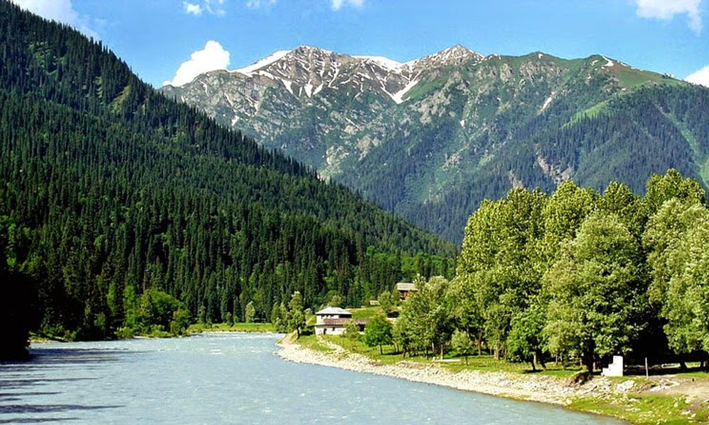 10 Most Beautiful Places in Pakistan to Visit in Summer