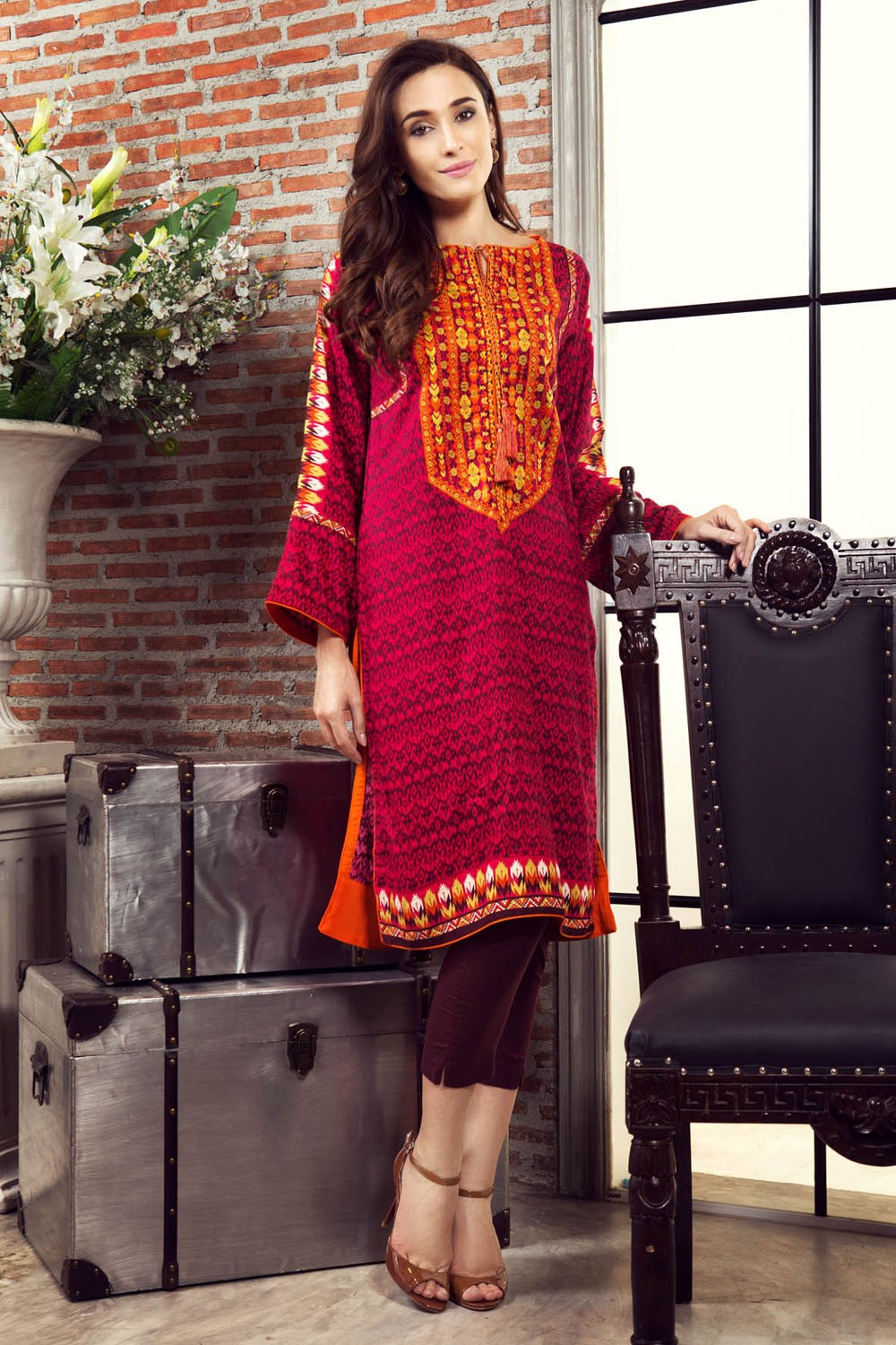 Buy Winter alkaram collection picture trends